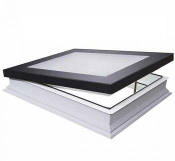 Fakro platdakraam DMG 60x60 cm ventilatie handmatig bediend inclusief bedieningsstok met perfecte isolatie waarde.
