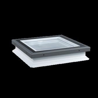 Luxtra platdakraam met drievoudig zelfreinigend glas en hoge isolatiewaarde.