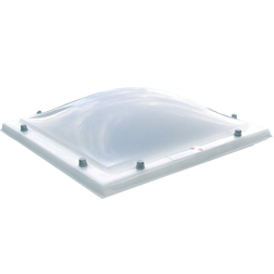 Lichtkoepel dubbelwandig acrylaat in glashelder of opaal 110x110 cm.