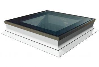 Intura platdakraam met HR++ glas 140x140 cm, vlakke lichtkoepel met hoge isolatie waarde.