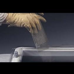 Lichtkoepel driewandig polycarbonaat slagvast 90x150 cm in helder of opaal.