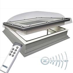 Ventilerende lichtkoepel elektrisch met HR ++ glasplaat